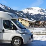 5 elementos que no puedes olvidar para ir a la nieve en tu autocaravana