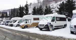 consejos_viaje_camper_autocaravana_nieve_bimbos_van-848x450