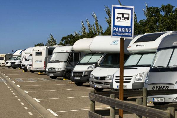Descubrir los parques de atracciones con caravana y autocaravana